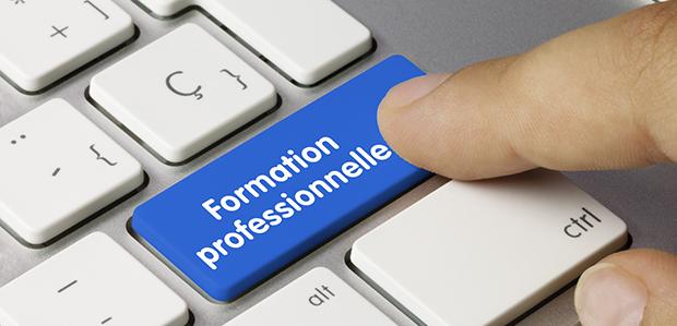 La formation professionnelle continue est le droit individuel de pouvoir continuer à se former.